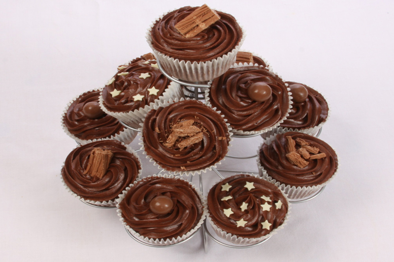 Chocolate Buttercream Swirl Cupcake