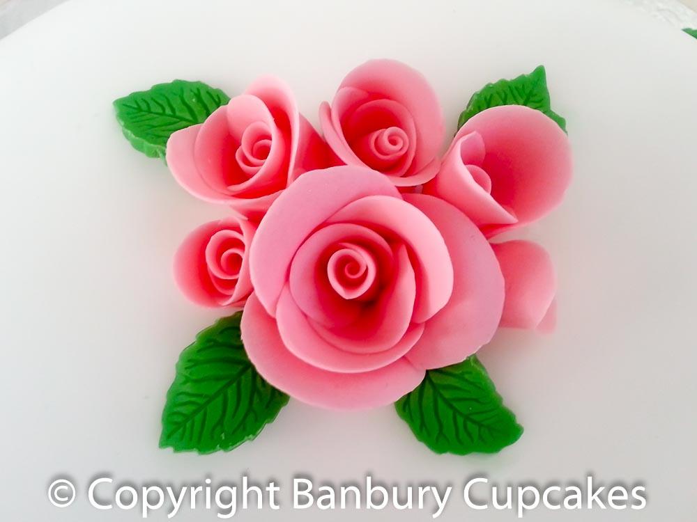 Wedding Cake Hand Decoration